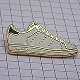 限定 レア ピンバッジ アディダスのスニーカー靴 ピンズ フランス