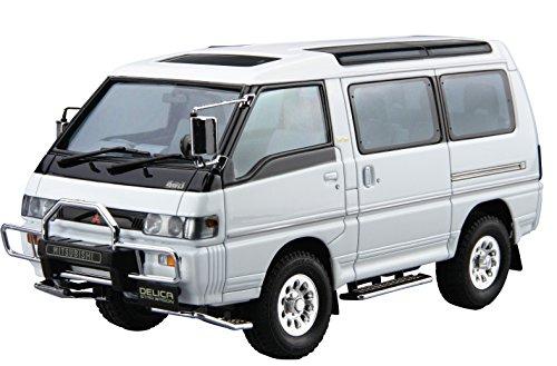 青島文化教材社 1/24 ザ・モデルカーシリーズ No.27 ミツビシ P35W デリカスターワゴン 1991 プラモデル