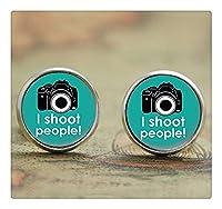 多くの人々はカメラマンのおかしい芸術オタク芸術イヤリングカメラプリントガラスのイヤリングをピアスシュート