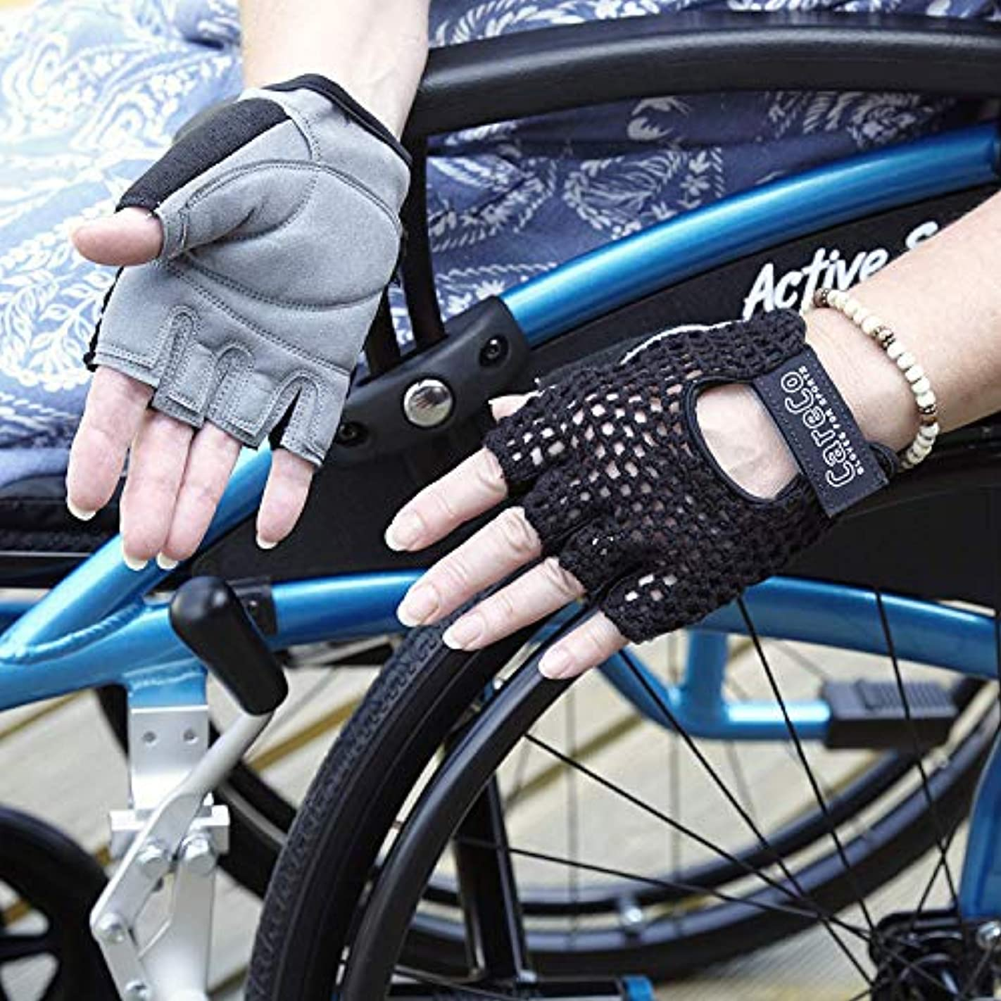 母ずらす夏ミディアムゲルパッド付き車椅子グローブ