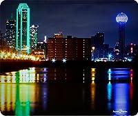 カラフルなDowntown Dallas Texas Thickマウスパッドby Atomic市場