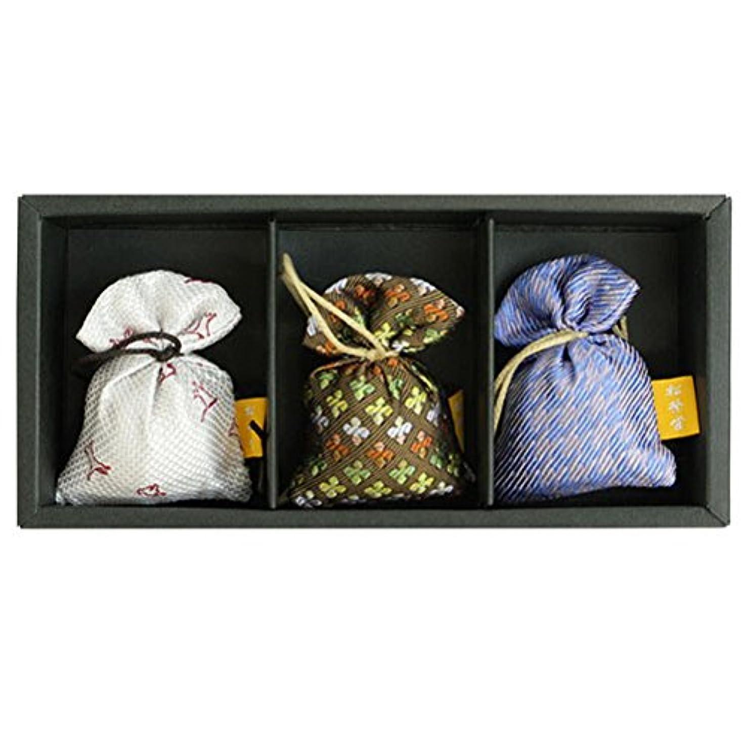 紫の石膏良さ匂い袋 誰が袖 薫 かおる 3個入 松栄堂 Shoyeido 本体長さ60mm (色?柄は選べません)