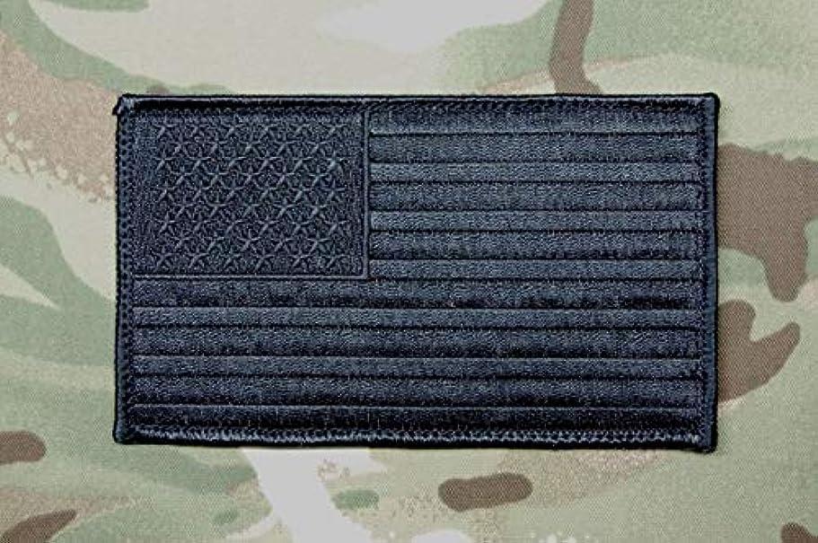 倍率分布続けるBritKitUSA ブラックアウト ラージ 7.62cm x 12.7cm アメリカ国旗 パッチ USA SWAT ゴースト Murdered Out All ブラック