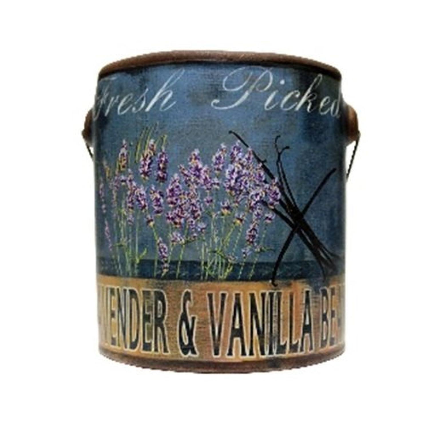かすれたディンカルビル文明A Cheerful Giver Lavender Vanilla Farm Fresh Candle 20 oz [並行輸入品]