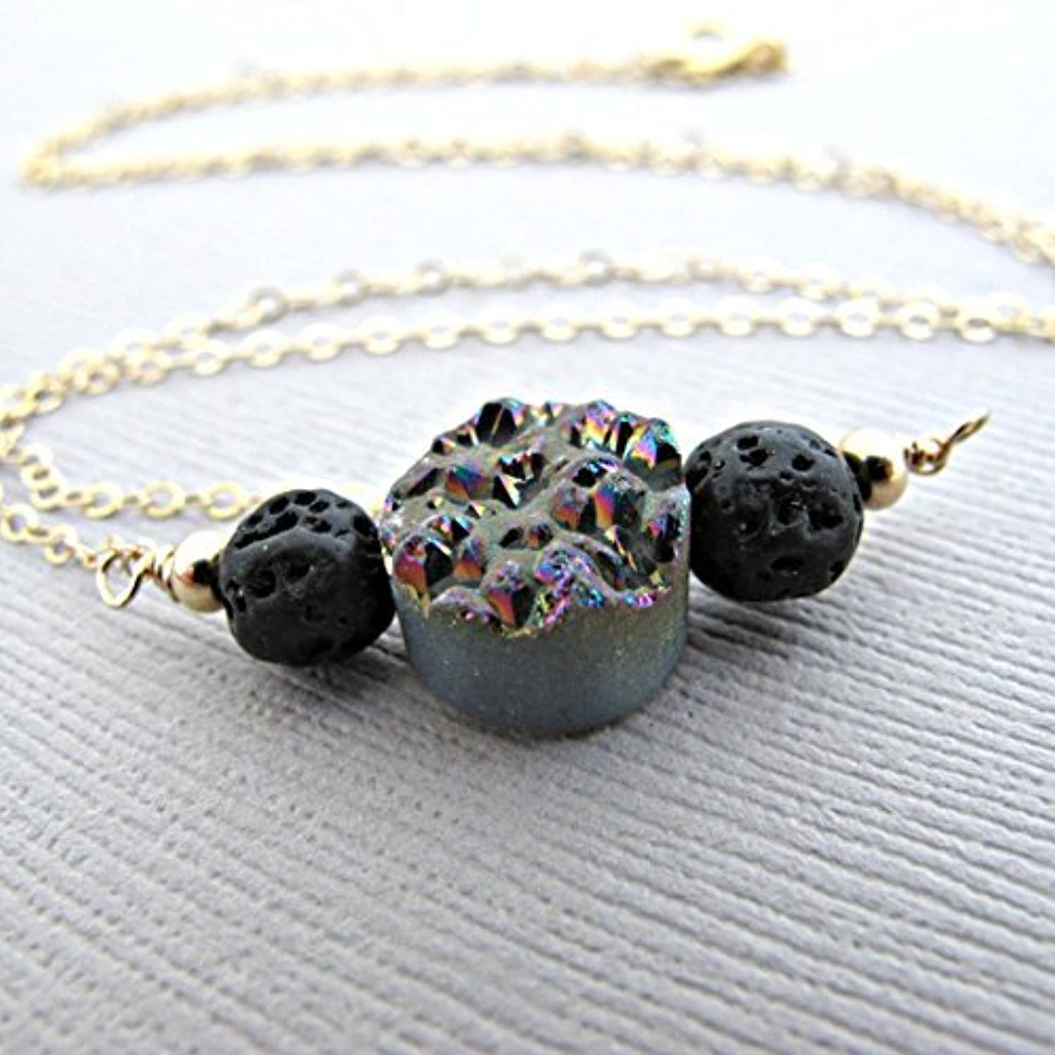 眠いですスリーブ尽きるRainbow Druzy Lava Pendant Essential Oil Necklace Diffuser Aromatherapy - Simple Minimalist Lava Bead Diffuser...