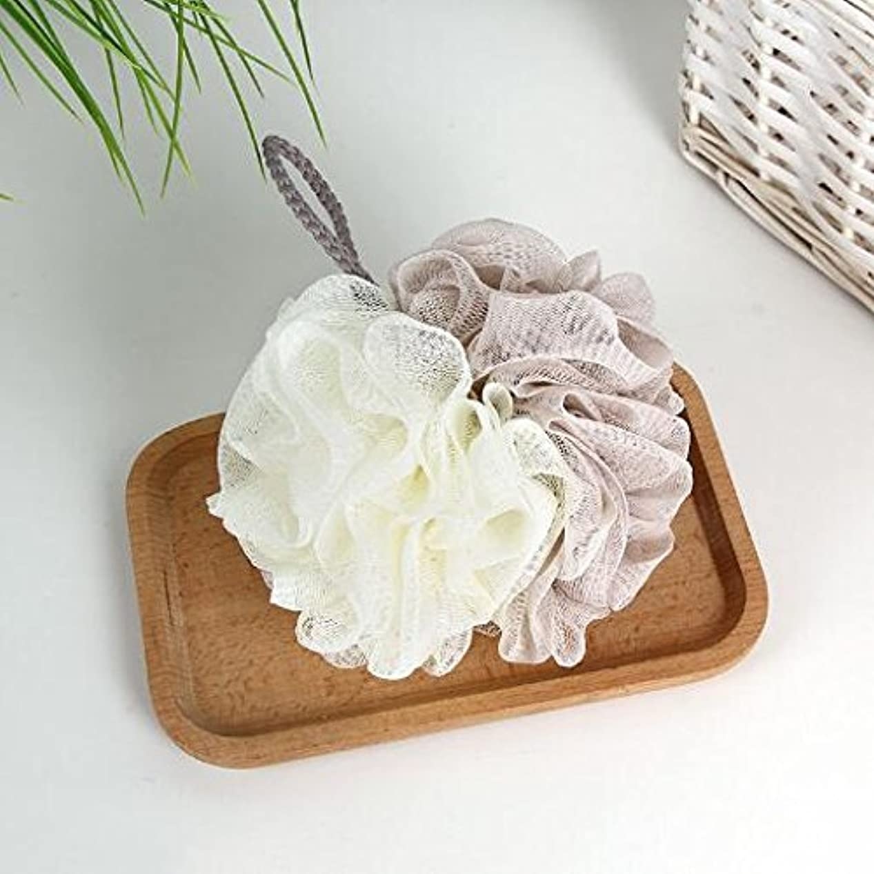 対話煙突対立[Chinryou] 泡立てネット ボディースポンジ 柔らかい 花形 お風呂用 ボールボディ用 シャボンボール 背中も洗える 泡肌美人 ふわわん (アプリコット)