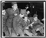 Photo : 1943Camp shelby-japanese-americans-hawaiianウクレレ