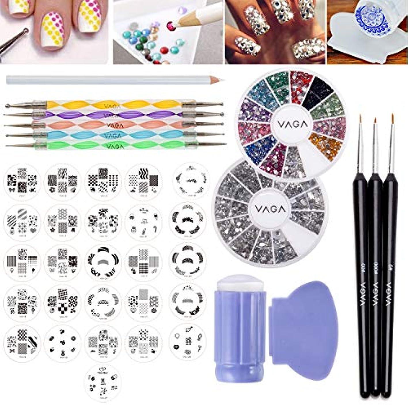 ネイルアートデザインは、合計160パターンの26個のスタンププレート、異なる形状の1200シルバー宝石のホイールと1200クリスタル/宝石12色、スタンパー/スタンプ、スクレーパー/スクレイピングアクセサリー、ドッター/...