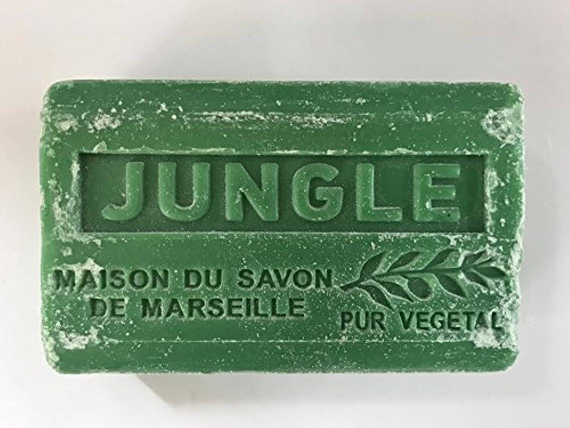 高揚した露泥だらけSavon de Marseille Soap Jungle Shea Butter 125g