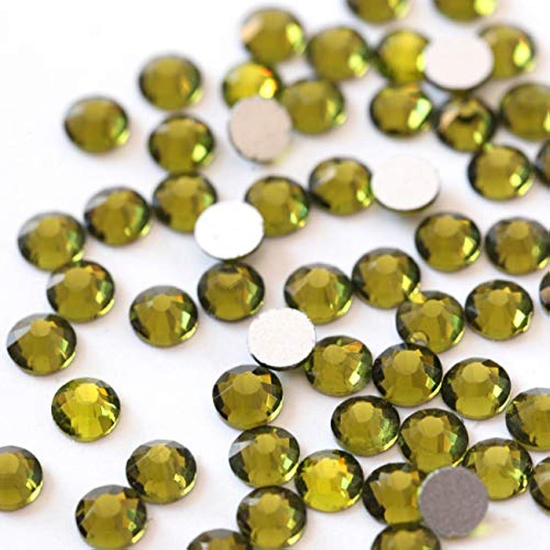 ベンチ子猫麦芽【ラインストーン77】高品質ガラス製ラインストーン オリーブ(6.3mm (SS30) 約45粒)