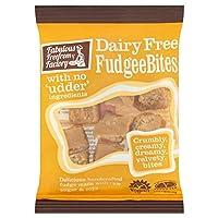(Free From Factory (工場からの自由)) 素晴らしい乳製品無料Fudgee刺さの75グラム (x2) - Fabulous Free From Factory Dairy Free Fudgee Bites 75g (Pack of 2) [並行輸入品]