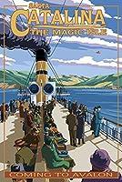 カタリナ島、カリフォルニア–Steamer Coming to Avalon 16 x 24 Signed Art Print LANT-33363-709