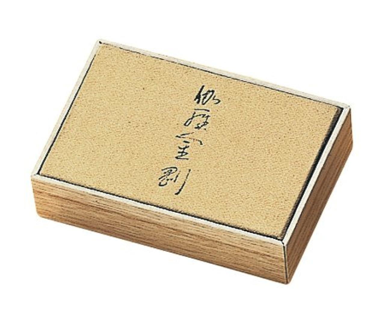 それによって透けて見える中間香木の香りのお香 伽羅金剛 スティック150本入