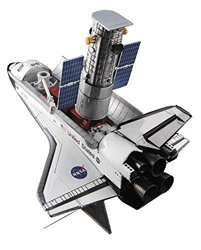 ハセガワ 1/200 ハッブル宇宙望遠鏡 &スペースシャトル オービター w/宇宙飛行士 プラモデル 10821