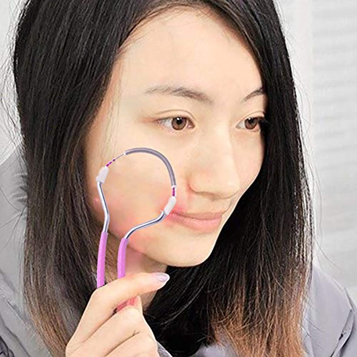 悪意のある無力春の顔の毛の除去剤、滑らかな仕上げの顔の毛の除去剤、男性と女性のためのポータブル&効果的な手動脱毛器スティック。