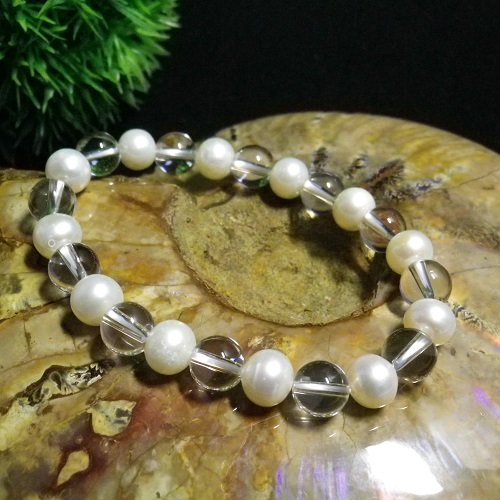 6月誕生石パールAAA天然クリスタル(本水晶)ブレスレット8mm玉数珠本物の高品質天然石だけを使用鑑別済み