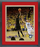 Kyrie Irving Cleveland Cavaliers 2016NBAファイナルゲーム7写真サイズ: 26.5CM x 30.5CM )フレーム