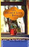 The Secret Life of Bees (Thorndike Press Large Print Women's Fiction Series)