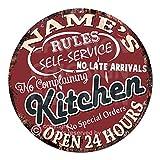 Name's Kitchen Rules セルフサービス オープン24時間カスタムパーソナライズシックティンサイン 素朴なシャビーヴィンテージスタイル レトロキッチンバー パブ コーヒーショップ 男性の隠れ家 装飾ギフトアイデア