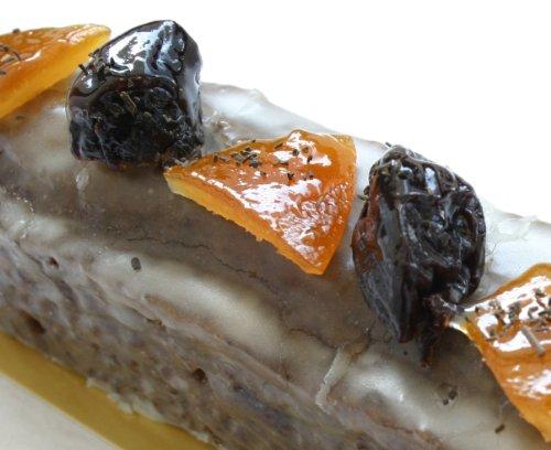 贈り物に最適!スリムケイク「紅茶とプルーン」 博多の洋菓子店 ラフェブルー・ポンヌフ