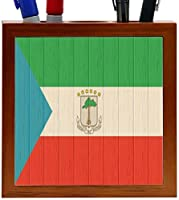 Rikki Knight Equatorial Guinea Flag on Distressed Wood Design 5-Inch Wooden Tile Pen Holder (RK-PH8705) [並行輸入品]