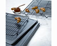 CalphalonクラシックBakeware Cookie and冷却ラックコンボ