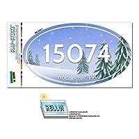 15074 ロチェスター, PA - 雪に覆われた木 - 楕円形郵便番号ステッカー
