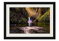 森の美しい川 風景の写真木製黒額縁アートポスター(30cmx40cm)