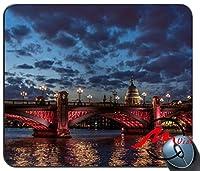 ZMviseロンドンシティ背景ファッション漫画マウスパッドマットカスタム四角形ゲームマウスパッド