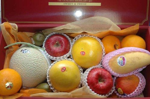 季節の厳選果物フルーツギフト15000 化粧箱入