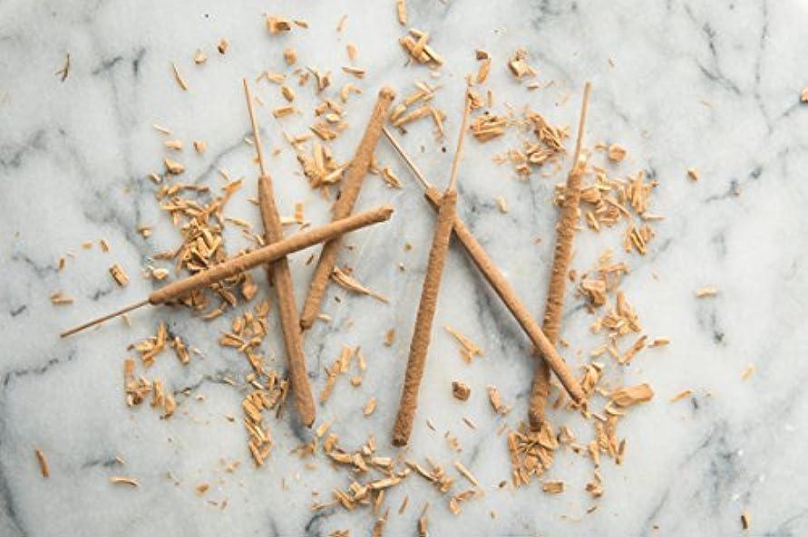 おしゃれじゃない空港内なるWhite Sandalwood Incense Sticks - 6 All Natural Hand Rolled Herbal Incense Sticks [並行輸入品]