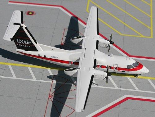 1: 200 ジェミニジェット US 航空 エクスプレス Dash 8-100 Red/White/Blue Colors (並行輸入)