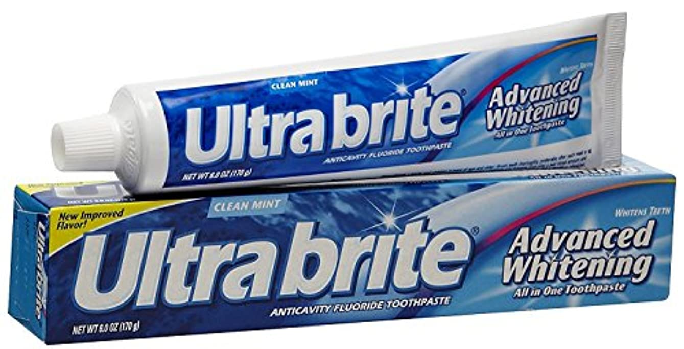 調和ハック藤色Ultra brite Advanced Whitening Toothpaste Clean Mint 6 oz (Pack of 12) by UltraBrite