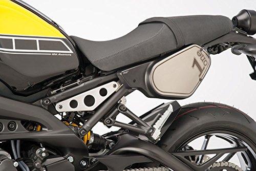 Puig: YAMAHA XSR900 サイドゼッケンプレート マットブラック