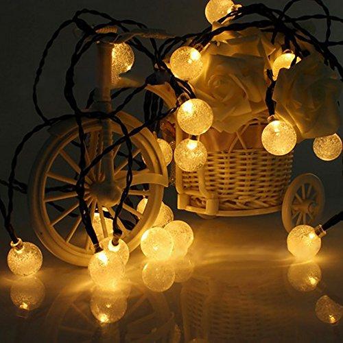 イルミネーション ソーラー ライト 飾り 30LED ソーラー充電式 ガーデンライト LED ストリングライト 2発光モード 夜間自動点灯 屋外 防水 耐熱 クリスマス 新年 結婚式 ボール型 全長6m(ウォームホワイト) Taotuo