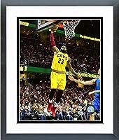 Lebron James Cleveland Cavaliers Nbaアクション写真(サイズ: 26.5CM x 30.5CM )フレーム