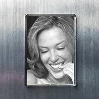 KYLIE MINOGUE - オリジナルアート冷蔵庫マグネット #js003