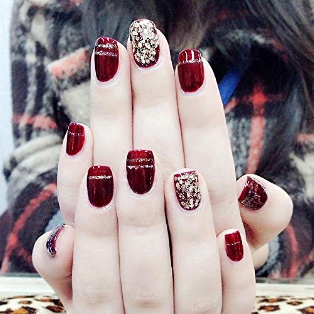 ゆるい句反逆者XUTXZKA ファッションワインレッド偽爪24ピースショートオーバルスパンコールの装飾フェイク人工爪のヒントステッカー