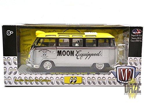 "M2 MACHINES 1:24SCALE ""MOON EYES"" - M2 MACHINES 1:24 MOONEYES - VOLKSWAGEN MICROBUS DELUXE USA MODEL (SILVER) M2マシンズ 1:24スケール 「ムーンアイズ」「1952 フォルクスワーゲン マイクロバス デラックス USA モデル」(シルバー) 40300-MN01 [並行輸入品]"