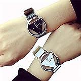 (スマイル)smile 男女兼用 おしゃれなトライアングル盤 腕時計 ペアウォッチ ホワイト ブラック