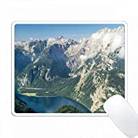 Koenigsee湖とMt. Watzmann、NP Berchtesgaden、Bavaria、Germany。 PC Mouse Pad パソコン マウスパッド