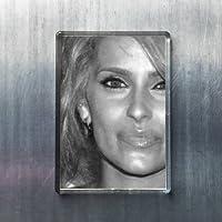 NELLY FURTADO - オリジナルアート冷蔵庫マグネット #js004