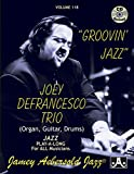 Joey Defrancesco Trio (Organ, Guitar, Drums): Groovin' Jazz