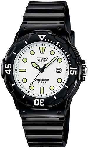 [カシオ]CASIO 腕時計 スタンダード アナログ表示 10気圧防水 ブラック X ホワイト 国内メーカー保証付き LRW-200H-7E1JF
