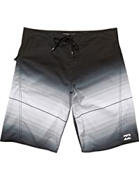ビラボン スイムウェア スイムウェア Fluid X Board Short - Men's Black [並行輸入品]