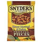 スナイダーのハニーマスタードオニオンプレッツェル片125グラム - Snyder's Honey Mustard Onion Pretzel Pieces 125g [並行輸入品]