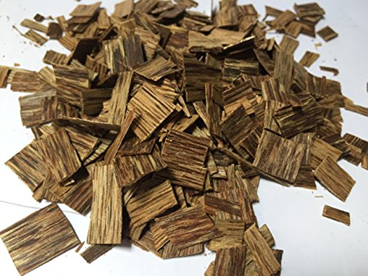 欲求不満面積マッサージoudwoodvietnam. Com元Natural Wild Agarwood OudチップGrade A + | 1 kgお香アロマ