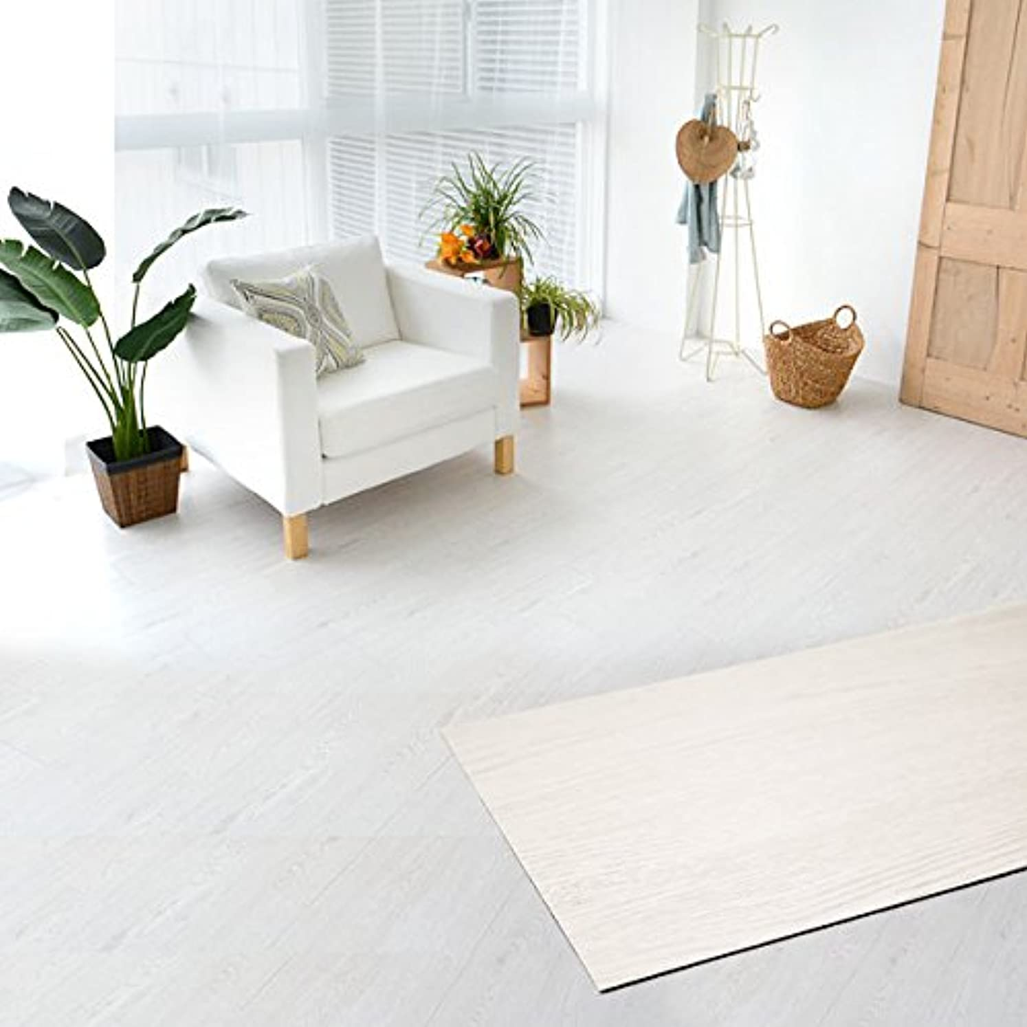 貧困クリープ保護フロアタイル 貼るだけ フローリングタイル [72枚セット/ホワイトオーク No.2] 約6畳分 フローリングシート シールタイプ 床材 木目調 ウッド 接着剤付き DIY セルフリフォーム [並行輸入品]
