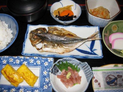 【民宿大塚】一人暮らしの子供や親戚に!!調理済み民宿の味セット