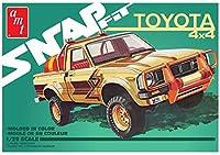AMT1114 1/25 1980 トヨタ ハイラックス SR5 ピックアップ (スナップキット)